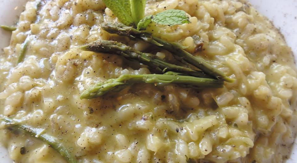 Wild mushrooms risotto with black truffle oil